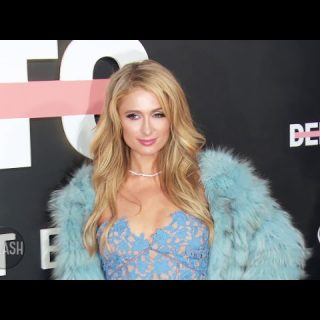 paris hilton cant shake off her ditsy image daily celebrity news splash tv youtube thumbnail 320x320 - Paris Hilton can't shake off her ditsy image | Daily Celebrity News | Splash TV